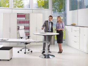 Workflow sit/stand table